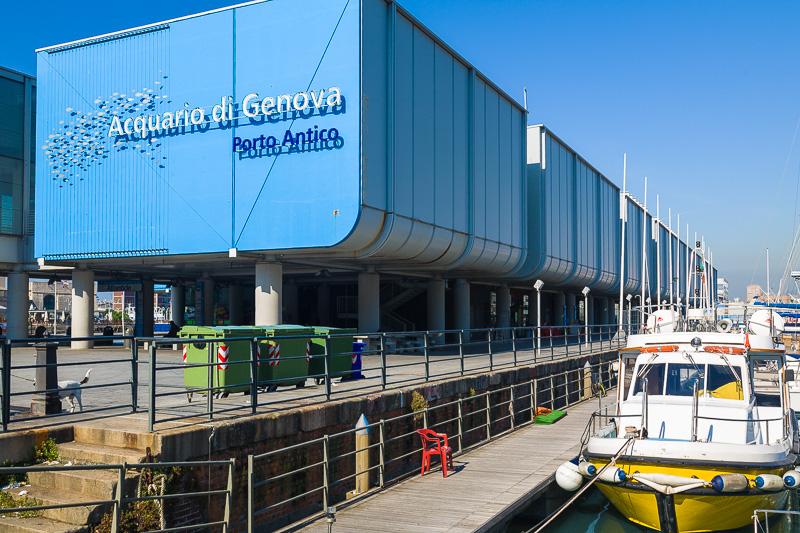 Le vasche dell'acquario di Genova