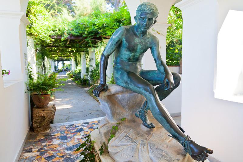 Figura in bronzo di Mercurio