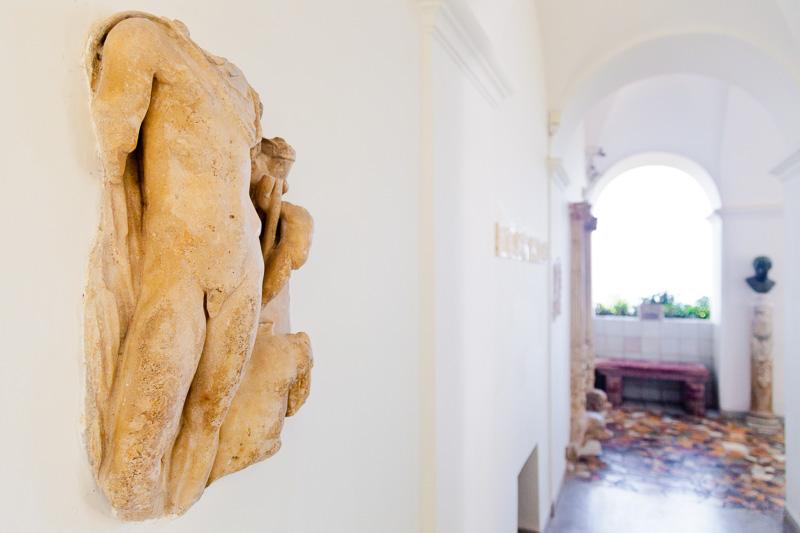 La scultura senza testa di Ares