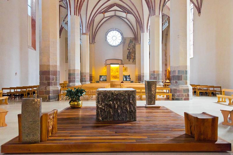Altare maggiore della chiesa dei Domenicani