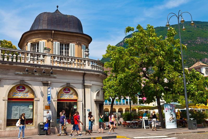 Piazza della Parrocchia