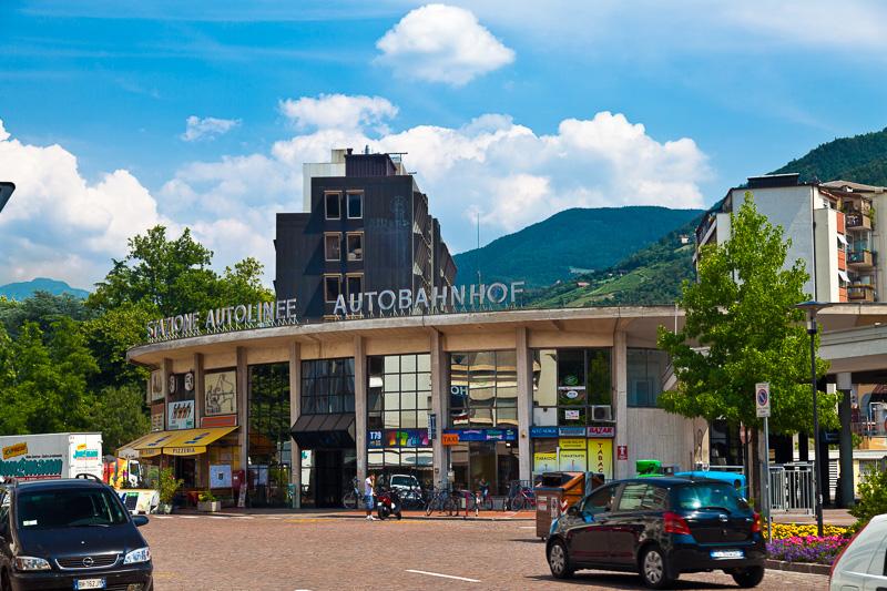 La stazione Autolinee (Autobahnhof)