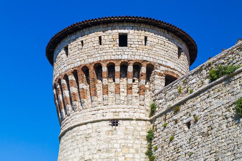 La torre circolare dei Prigionieri del castello
