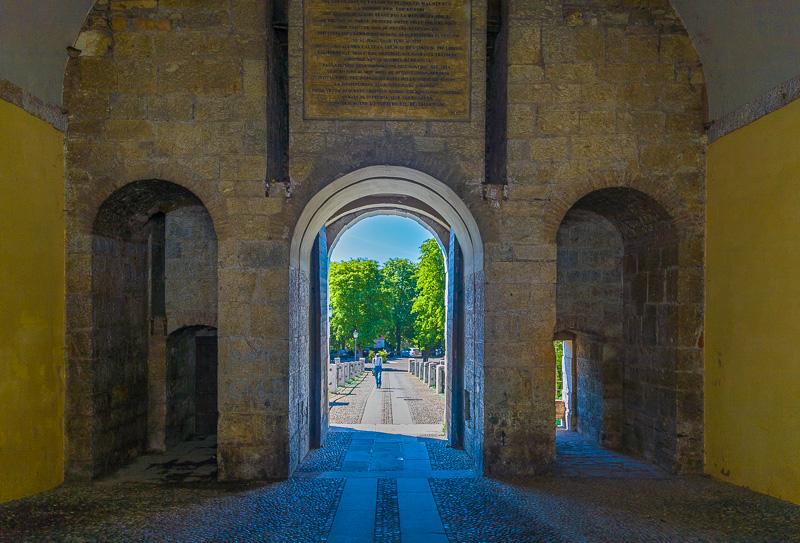 Il portale d'ingresso del castello