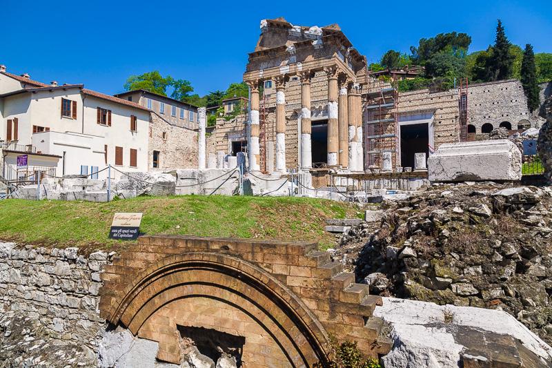 Le rovine dell'antico foro romano