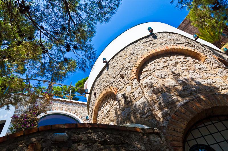 Le mura esterne di una villa