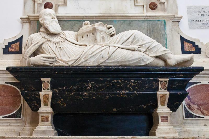 La tomba della famiglia Arcucci