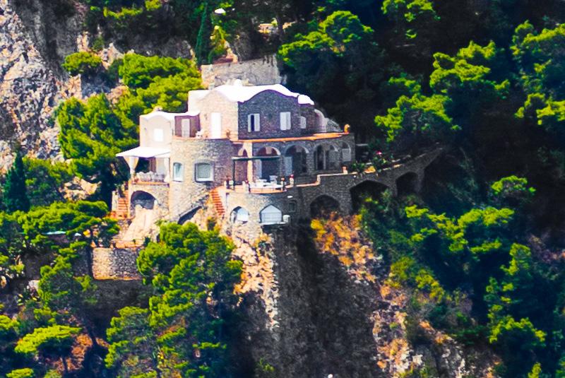 Una villa costruita sulla Punta di Mulo
