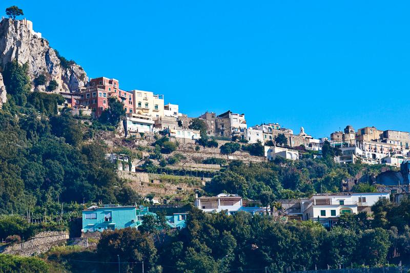 Il centro abitato di Capri
