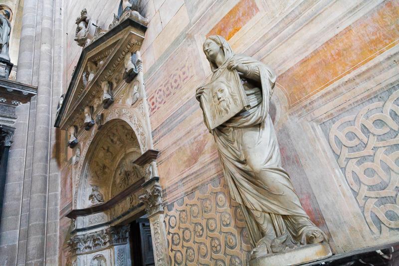 Statua di Santa Veronica
