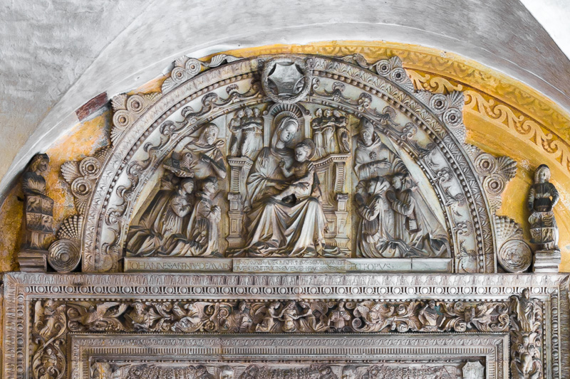 Altorilievo dello scultore Giovanni Antonio Amodeo