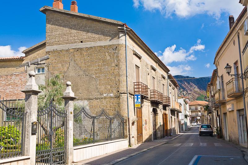 Via Carlo del Balzo