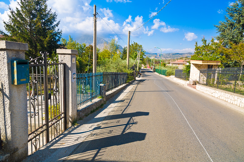 Via Campo di Castello