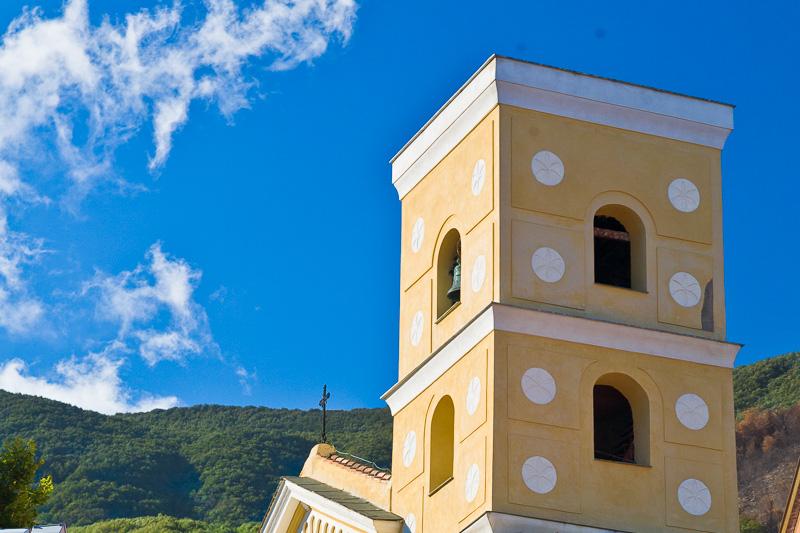 Il campanlie del'abbazia di San Gennaro Vescovo e Martire