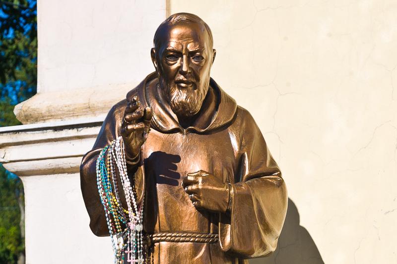 Statua di San Pio