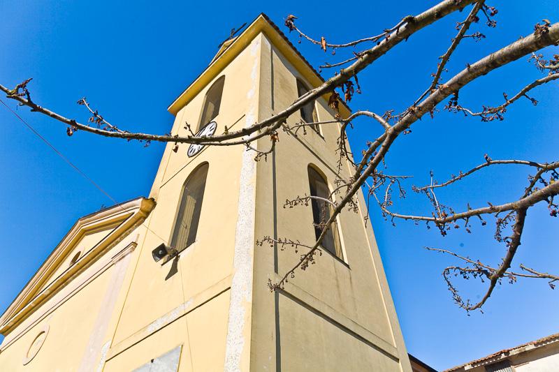 Campanile della chiesa dei Santi Cosma e Damiano