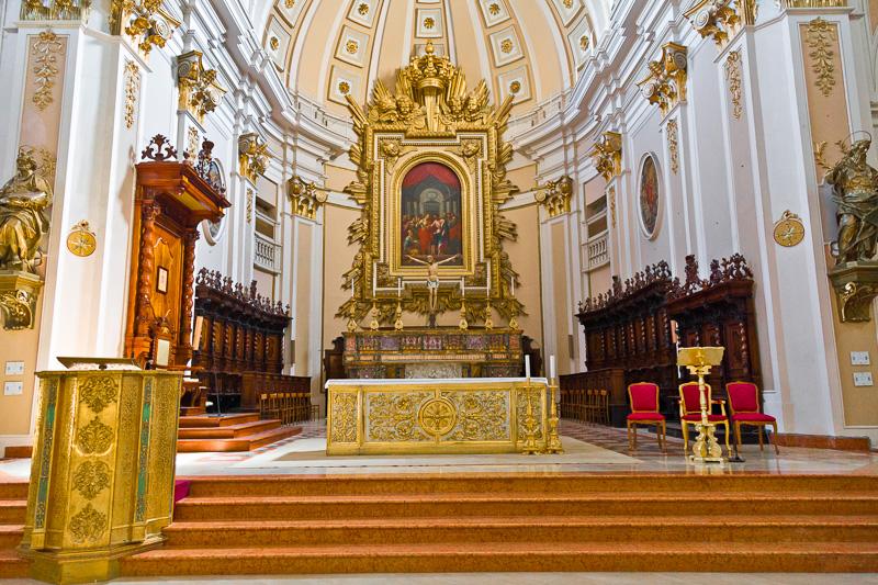 Presbiterio della cattedrale di San Giustino