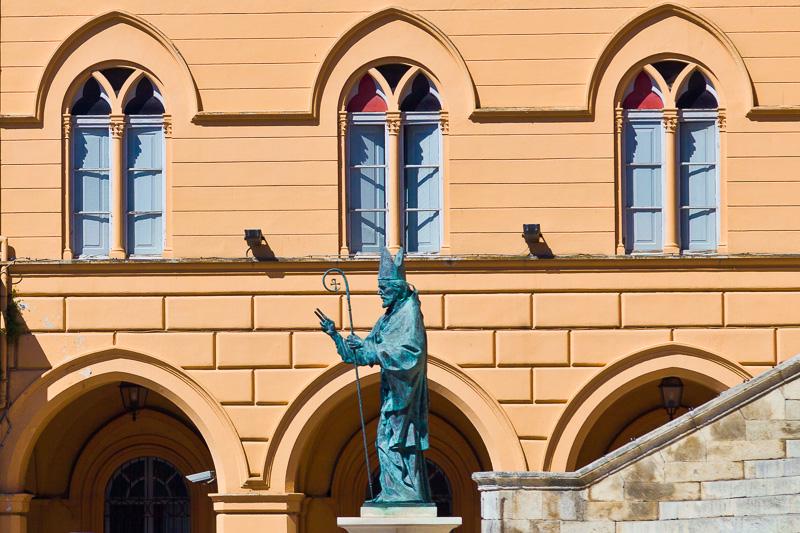 Statua di San Giustino