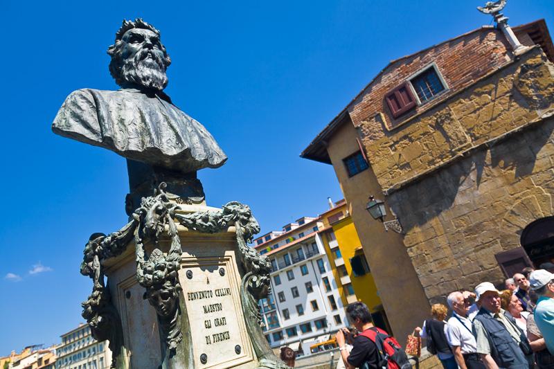 Il monumento di Benvenuto Cellini