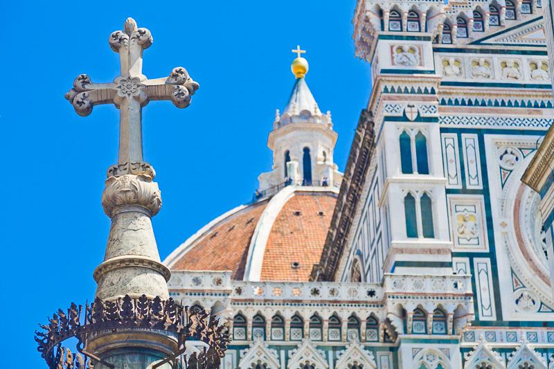 La croce della Colonna di San Zanobi