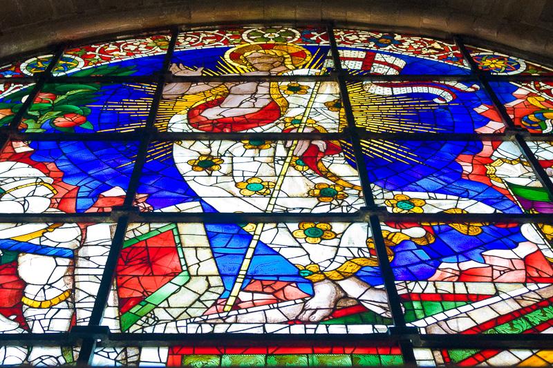Una vetrata raffigurante la Resurrezione