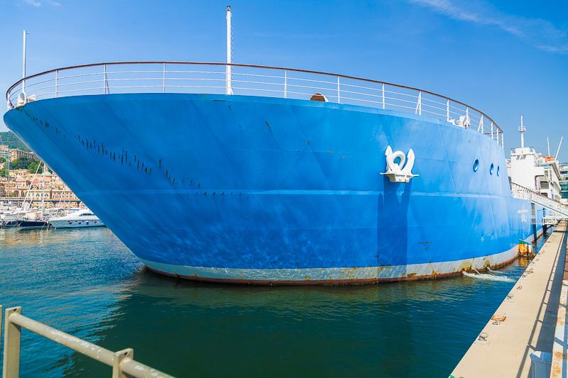 La nave Blu dell'Acquario di Genova