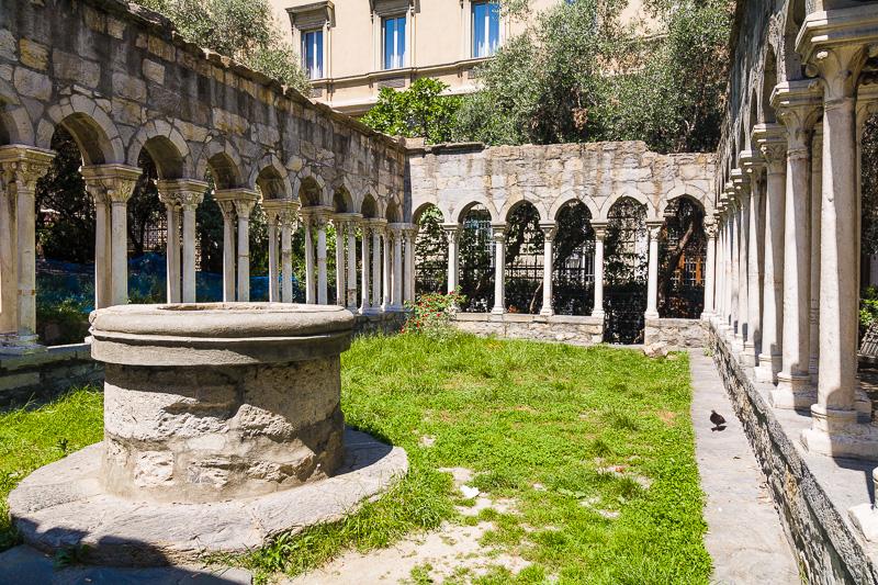 Il pozzo del chiostro del convento di Sant'Andrea