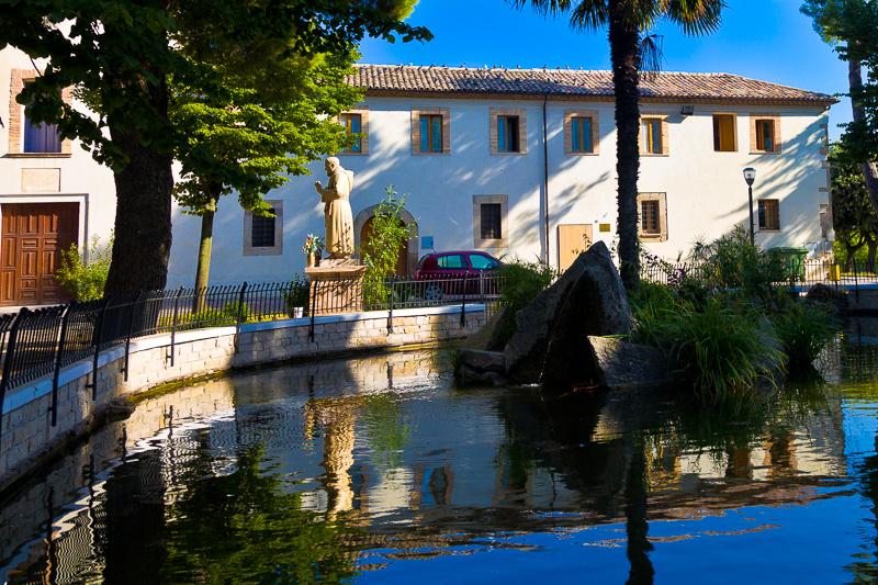 Il laghetto della villa comunale Castellara