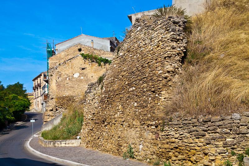 """I ruderi del """"Castello da Capo"""""""