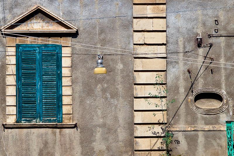 Finestra dell'antico palazzo Del Torto