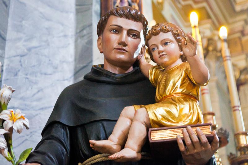 La statua di Sant'Antonio di Padova