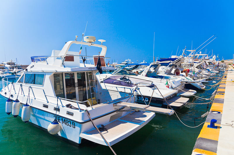 Il porto di marina di Leuca