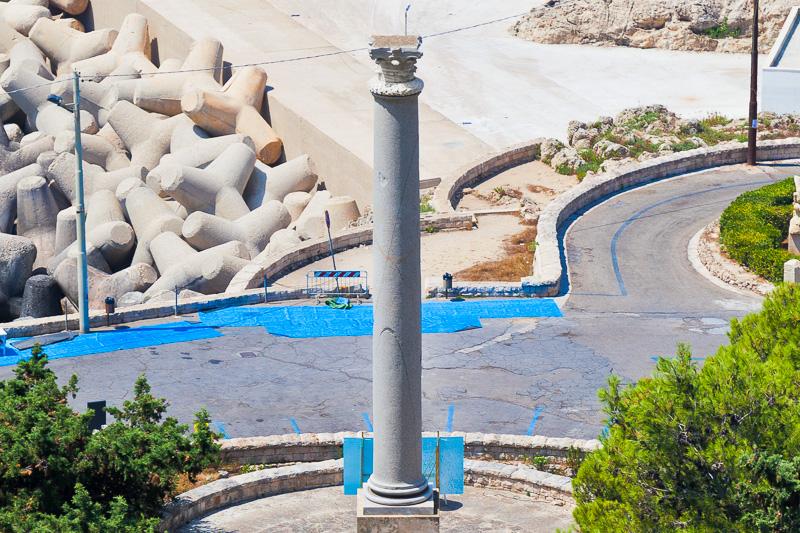 La colonna romana monolitica