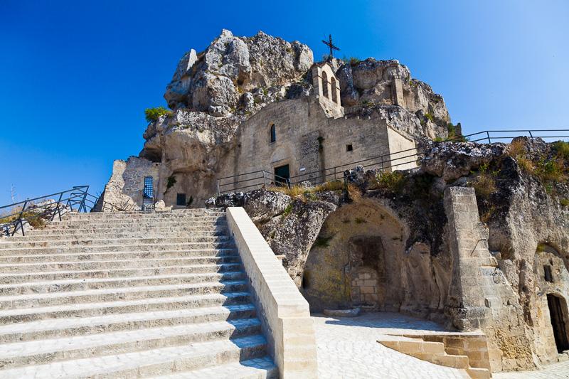 La chiesa rupestre di Santa Maria di Idris