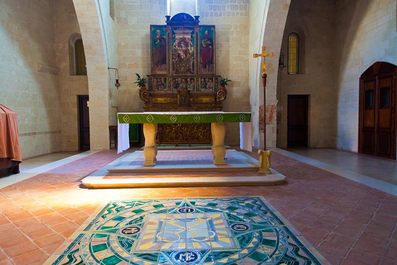 L'altare della chiesa di San Pietro Caveoso