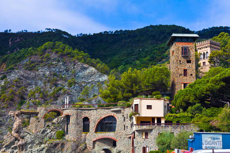 Villa Pastine e la Torre del Montale