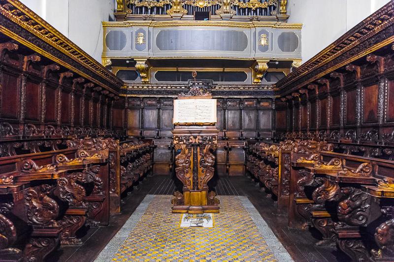 Il coro ligneo della Basilica antica