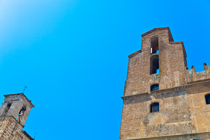 La torre campanaria del Palazzo del Capitano