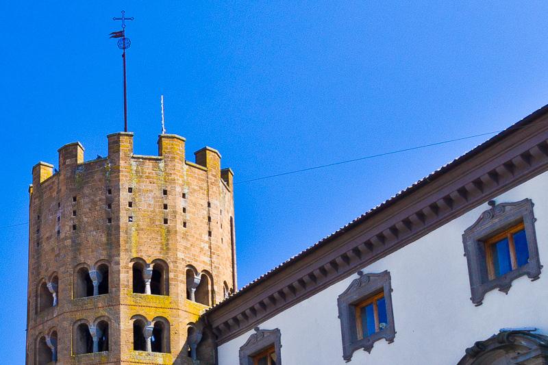 Il campanile della chiesa di Sant'Andrea