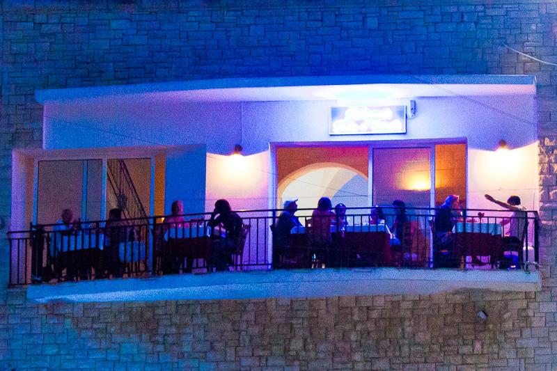 """La terrazza del ristorante """"La Bella Idrusa"""""""
