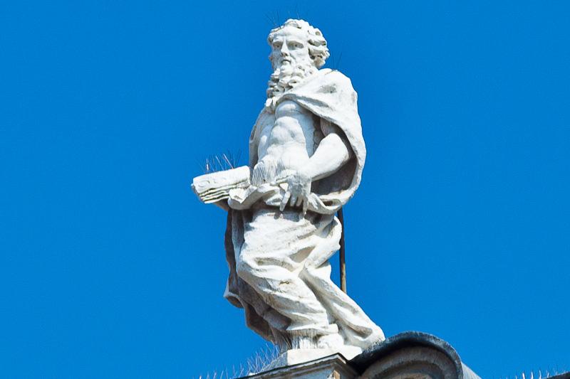 Una statua settecentesca