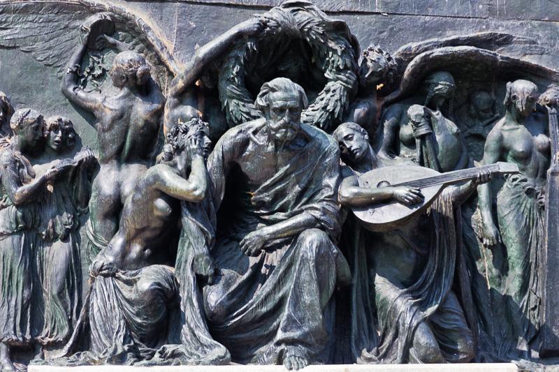 Bassorilievi dell'Ara a Giuseppe Verdi