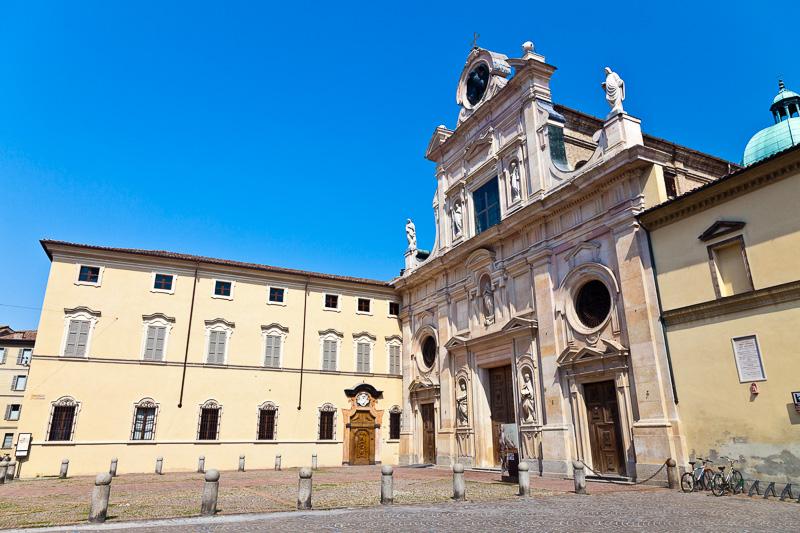 L'abbazia di San Giovanni Evangelista