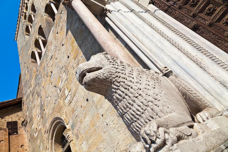 Il leone di marmo