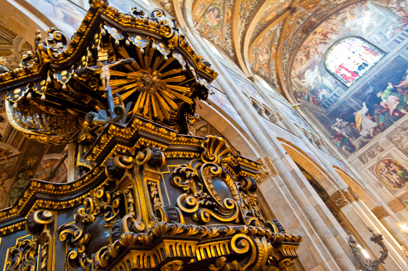 Il pulpito ligneo del Duomo