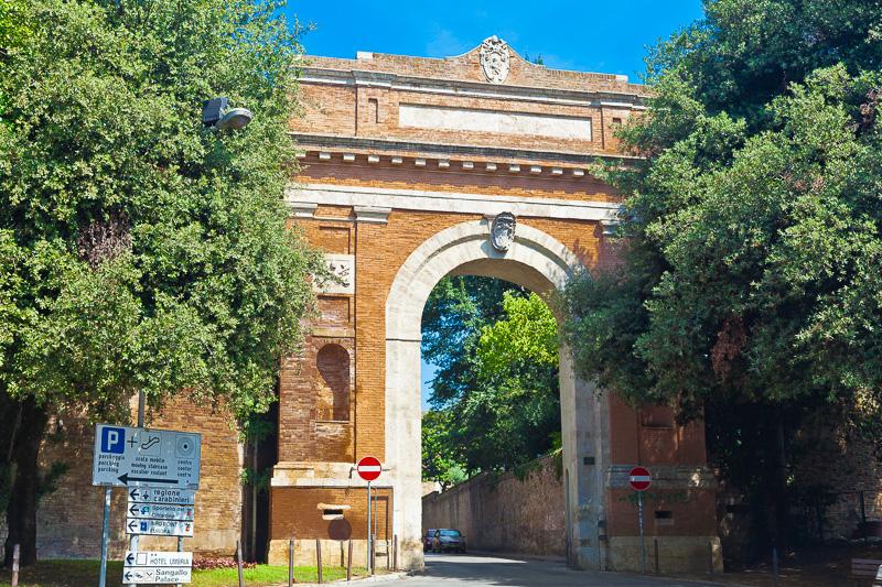 Porta San Costanzo