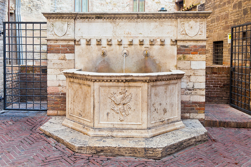 La fontana di Pietro Angelini