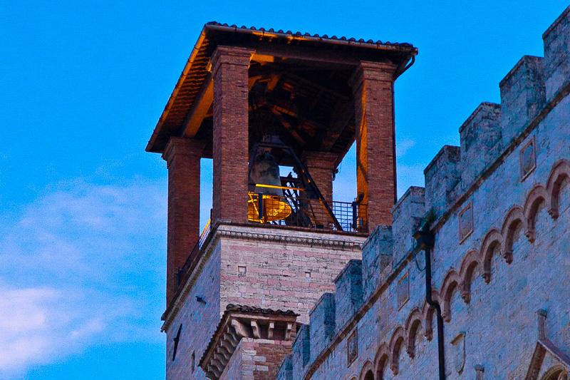 La torre di palazzo dei Priori