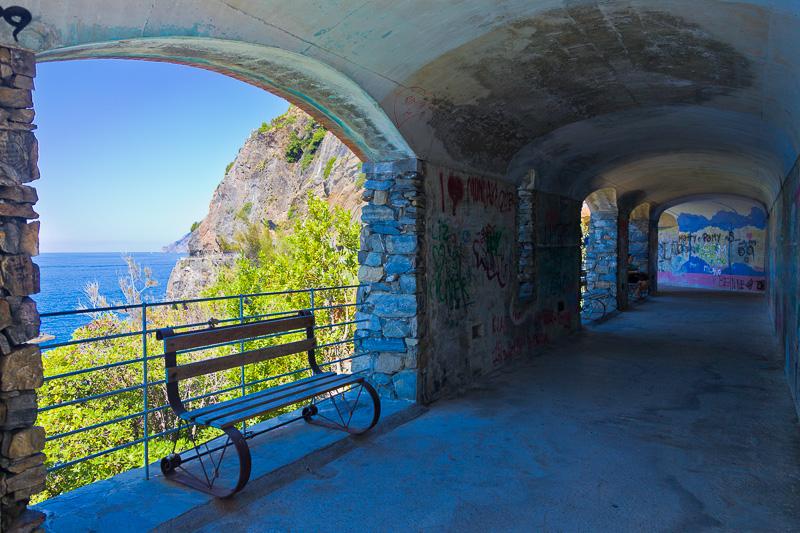 Il tunnel pedonale di Via dell'Amore