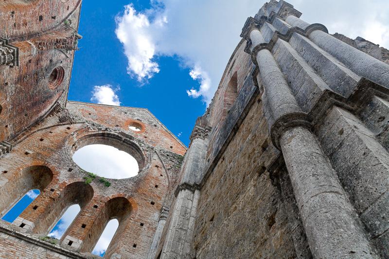 Il pilastro cruciforme